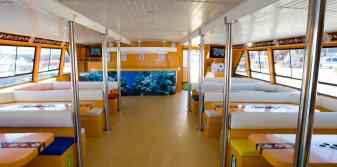 Confortable Zona interior del barco