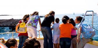 Observando las bateas desde la proa del catamarán
